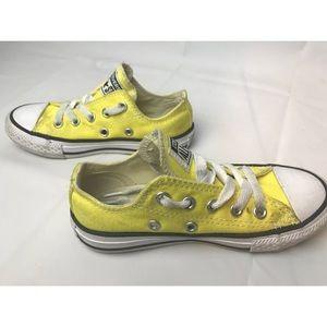 ce64d13e80ea Converse Shoes - Toddler 11 Converse Low Top Yellow Chuck Taylor
